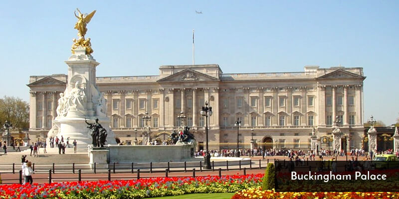 Tourist Attraction in Europe - Buckingham Palace